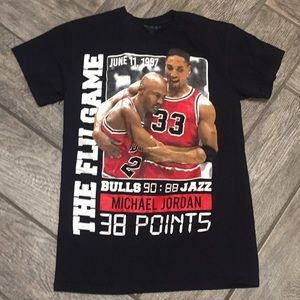 287a67e4339379 3forty Collection Shirts - Chicago Bulls Michael Jordan The Flu Game Tee